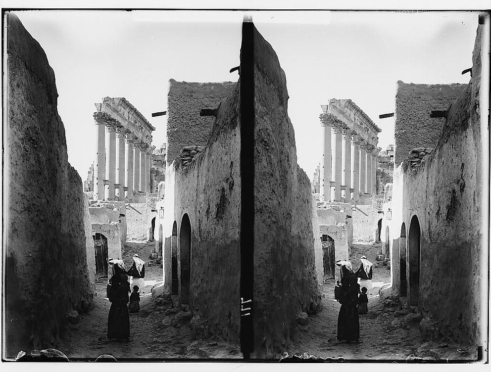 Palmyra, May 1929 Digital ID: (digital file from original photo) matpc 13939 http://hdl.loc.gov/loc.pnp/matpc.13939 Reproduction Number: LC-DIG-matpc-13939 (digital file from original photo) Repository: Library of Congress Prints and Photographs Division Washington, D.C. 20540 USA