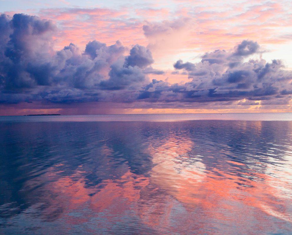 KiribatiPastelSkyOncomingRain 4